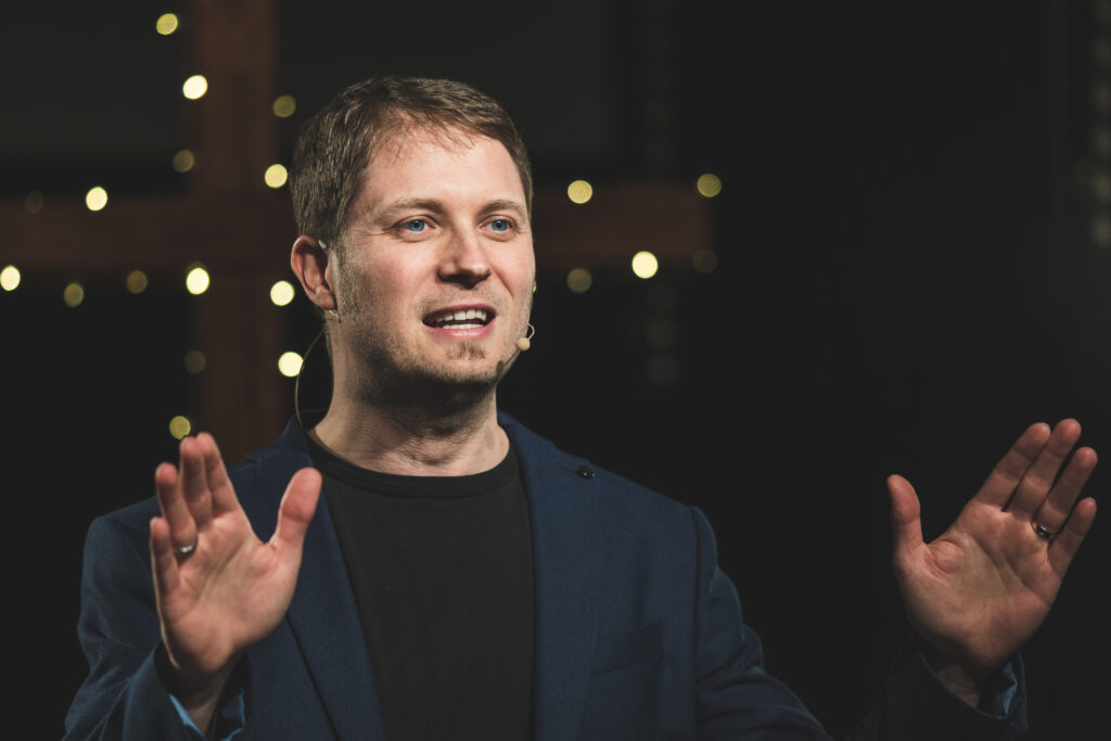 Pastor Ben SIeber